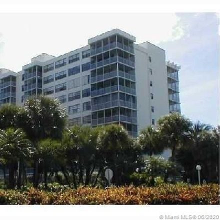Rent this 2 bed condo on Island Breakers in 150 Ocean Lane Drive, Key Biscayne