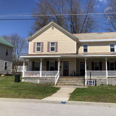 Rent this 6 bed duplex on 407 Oak Street in Corinth, NY 12822
