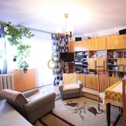 Rent this 3 bed apartment on Aleja Konstytucji 3 Maja in 64-110 Leszno, Poland