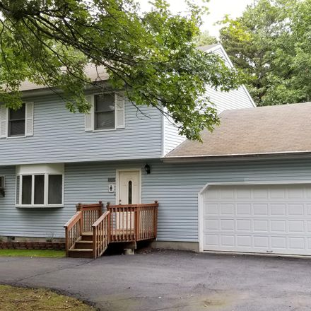 Rent this 3 bed apartment on Maple Ridge Rd in Milford, PA