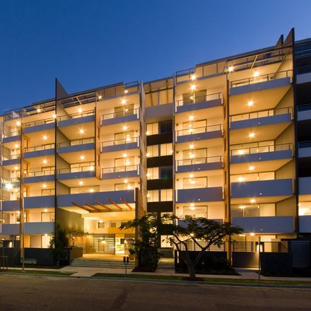 Rent this 2 bed apartment on unit 73/20 Donkin
