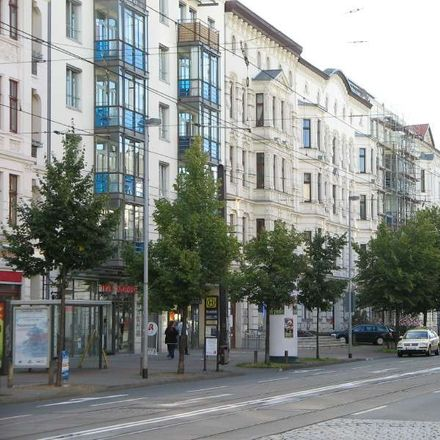 Rent this 3 bed apartment on Olvenstedter Straße 11 in 39108 Magdeburg, Germany