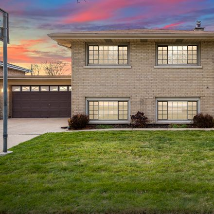 Rent this 3 bed house on 9832 55th Avenue in Oak Lawn, IL 60453