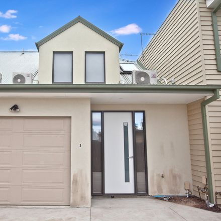 Rent this 2 bed townhouse on 3/30A Graham Street