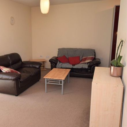 Rent this 1 bed apartment on Bambu in 95 Quayside Drive, Colchester CO2 8GN