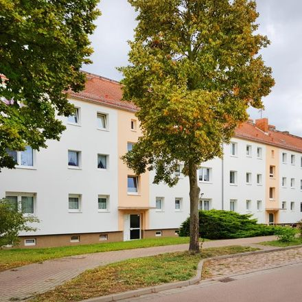 Rent this 2 bed apartment on Lindenstraße 37 in 06386 Osternienburger Land, Germany
