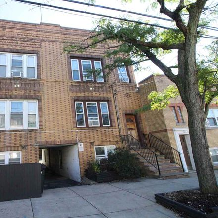 Rent this 7 bed duplex on Journal Sq in Jersey City, NJ