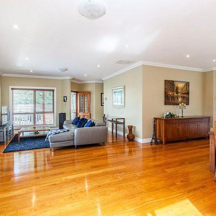 Rent this 3 bed apartment on 2/11 Dixon Avenue