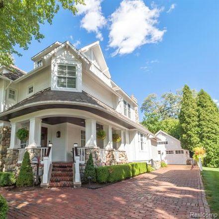 Rent this 4 bed house on 945 Henrietta Street in Birmingham, MI 48009