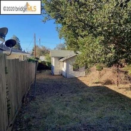 Rent this 4 bed house on 2940 Carmel Street in Oakland, CA 94613