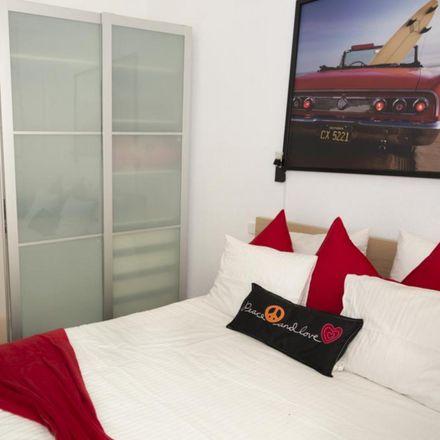 Rent this 1 bed apartment on Brindis Pub in Calle de las Tres Cruces, 28001 Madrid