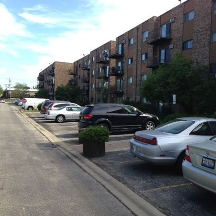 Rent this 1 bed townhouse on 8936 N Parkside Ave in Des Plaines, IL