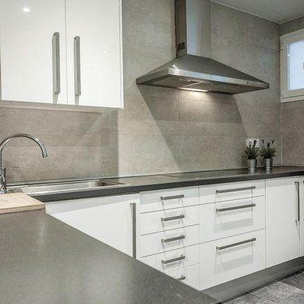 Rent this 4 bed apartment on Farmacia - Calle Divino Pastor 28 in Calle del Divino Pastor, 28