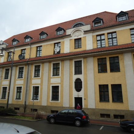 Rent this 3 bed apartment on Ritterstraße 173 in 47805 Krefeld, Germany