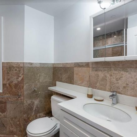 Rent this 1 bed room on 477;479;481 14th Street in San Francisco, CA 94143