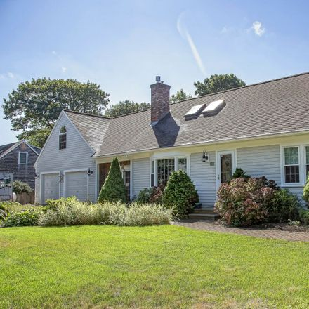Rent this 4 bed house on 19 Bunting Lane in Yarmouth, MA 02675-1328