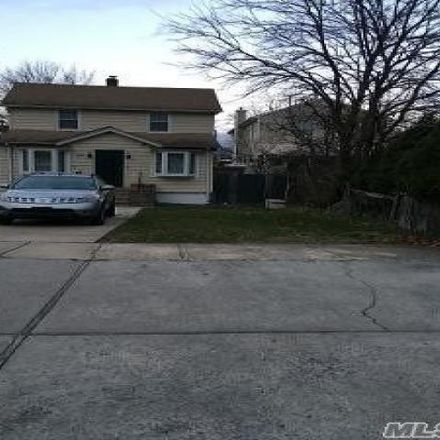 Rent this 3 bed house on 1192 Chowan Street in Hempstead, NY 11003