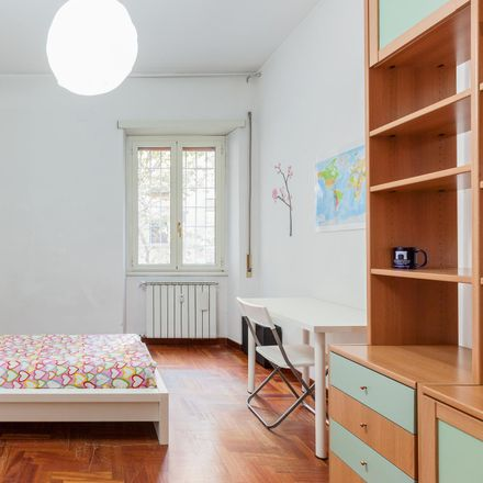 Rent this 4 bed room on Sacoph in Via Valdinievole, 00141 Rome Roma Capitale