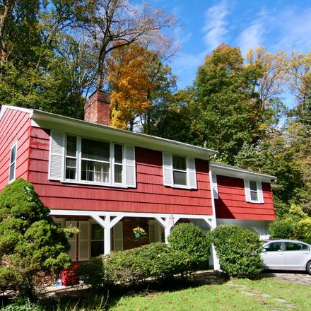 Rent this 4 bed house on 275 Vincent Road in Tredyffrin Township, PA 19301
