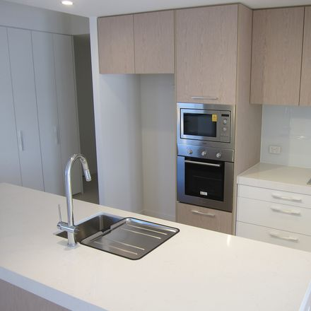 Rent this 2 bed apartment on 1030/21 Ross Street