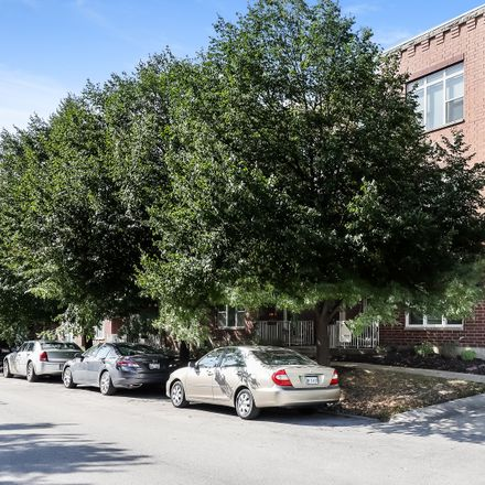 Rent this 2 bed condo on West Fry Street in Chicago, IL 60642