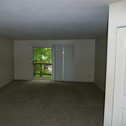 Rent this 2 bed condo on St Peters Rd in Saint Peters, MO
