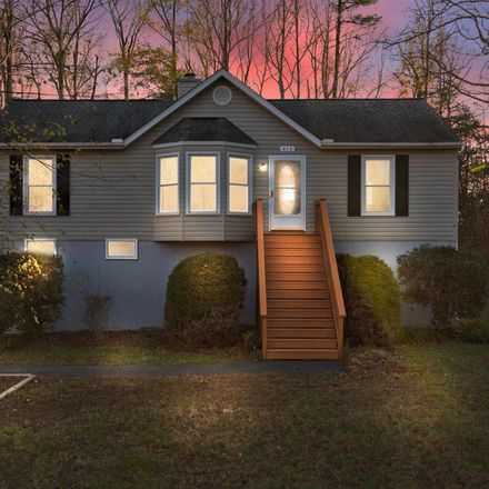 Rent this 3 bed house on 615 Welsh Dr in Rutherglen, VA
