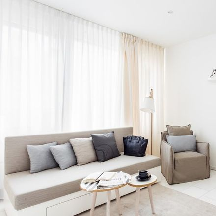 Rent this 2 bed apartment on Moselstraße 6 in 60329 Frankfurt, Germany