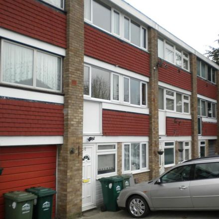 Rent this 1 bed room on Spelthorne TW19 7NY