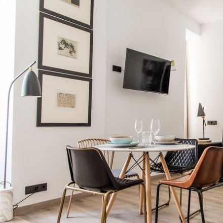 Rent this 1 bed apartment on Carrer del Poeta Llombart in 46001 Valencia, Spain
