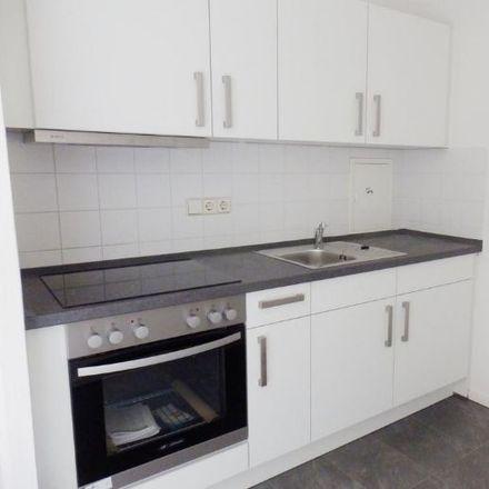 Rent this 3 bed apartment on Albert-Köhler-Straße 14 in 09122 Chemnitz, Germany
