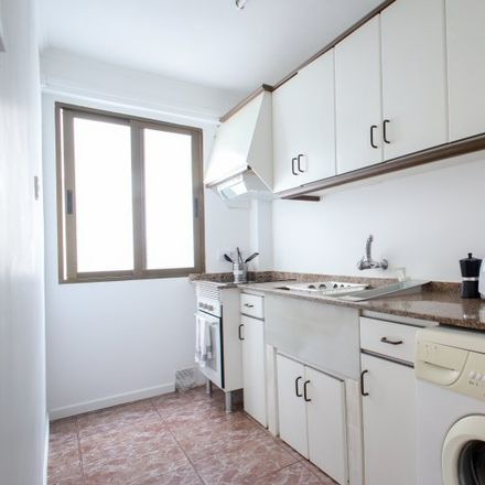 Rent this 3 bed apartment on Carrer del Doctor Vila Barberá in 46007 Valencia, Spain