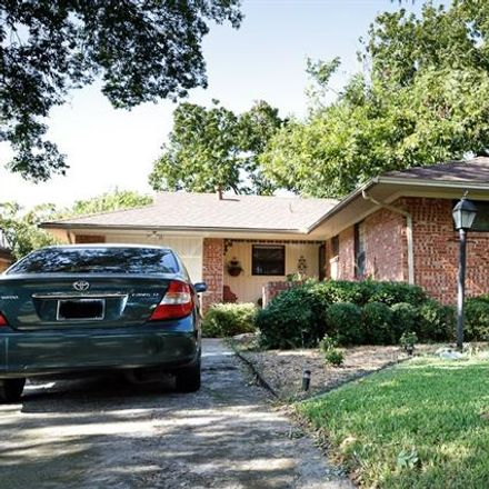 Rent this 3 bed house on 10071 San Lorenzo Dr in Dallas, TX