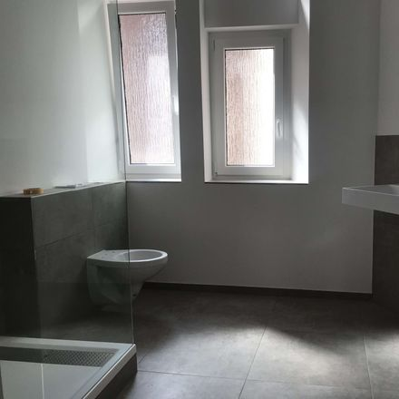 Rent this 4 bed apartment on DE
