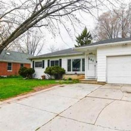 Rent this 3 bed house on 1627 Edison Street in Green Bay, WI 54302