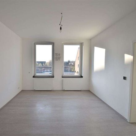 Rent this 2 bed apartment on 45891