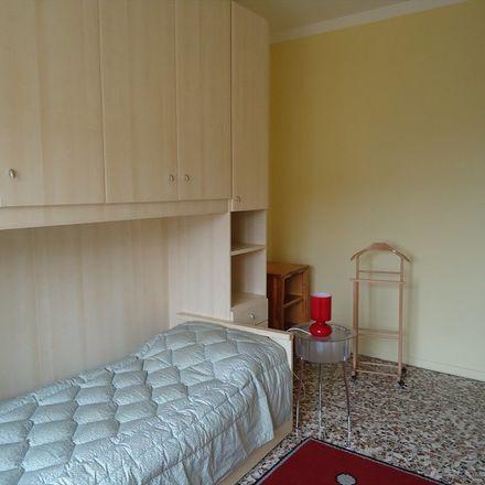 Rent this 2 bed apartment on Piazza Enrico Bottini in 20133 Milano MI, Italia