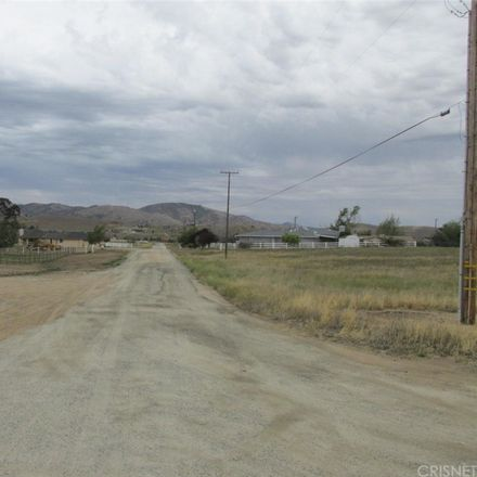 Rent this 0 bed apartment on Oak Knoll Dr in Tehachapi, CA