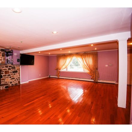 Rent this 4 bed house on 3615 Heather Rd in Huntingdon Valley, PA