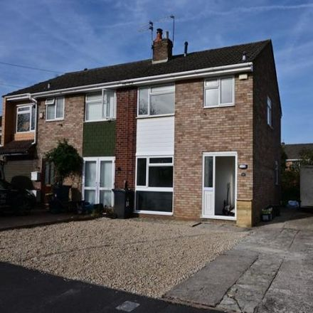 Rent this 3 bed house on Eaton Close in Bristol, BS14 8PG
