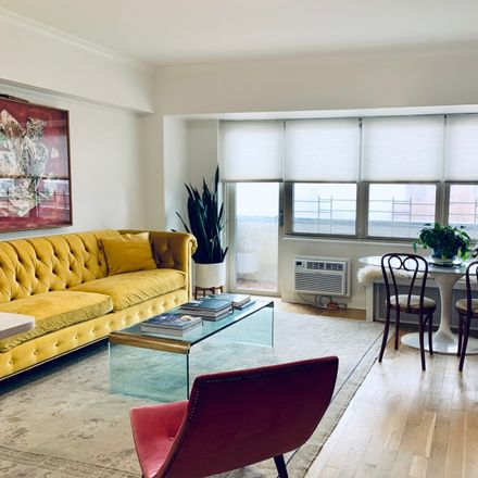 Rent this 2 bed apartment on 310 Greenwich Street in Manhattan Community Board 1, NY 10013