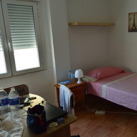 Rent this 2 bed room on La Taberna de Paco in Calle Pintor Balaca, 30203 Cartagena
