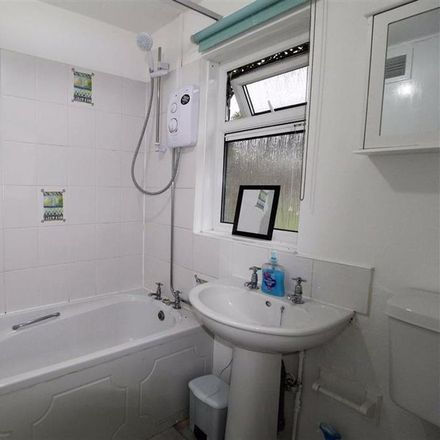 Rent this 1 bed apartment on Pottery Street in Kirklees HD3 3TA, United Kingdom
