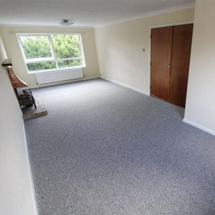 Rent this 2 bed apartment on Hail & Ride Private Road in Private Road, London EN1 2EG