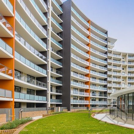Rent this 2 bed apartment on 164/23-25 North Rocks Road