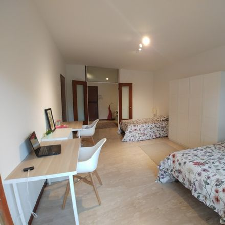 Rent this 20 bed room on Via Luigi Pellizzo in 2, 35128 Padova PD
