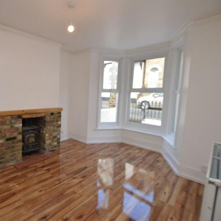 Rent this 4 bed house on Grosvenor Place in Margate CT9 1UY, United Kingdom