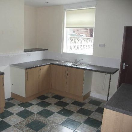 Rent this 2 bed house on Whitelee Road in Rotherham S64 9QY, United Kingdom