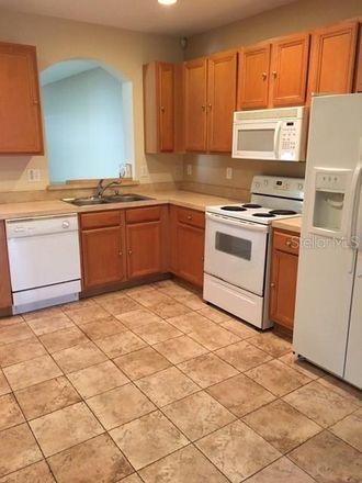 Rent this 2 bed townhouse on Foxmoor Dr in Zephyrhills, FL