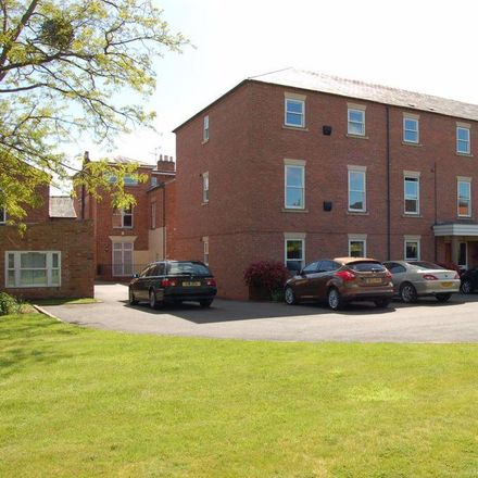 Rent this 2 bed apartment on Stratford-on-Avon CV37 6GF